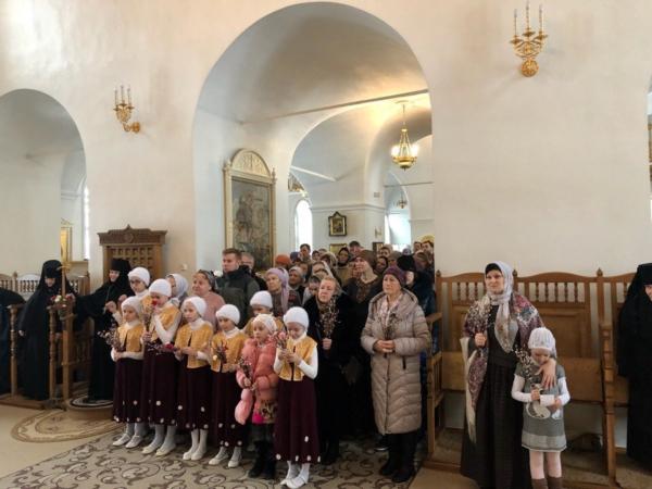 Вербное воскресенье в Преображенском монастыре