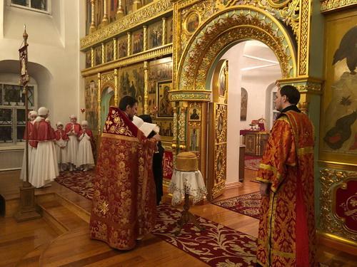 Пасхальная служба в Преображенском женском монастыре