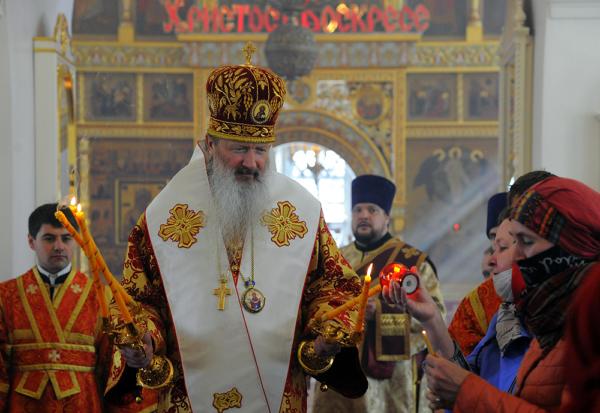 Божественная литургия в Преображенском женском монастыре города Кирова